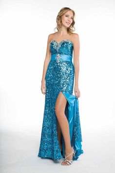 This would look amazing for a pageant!