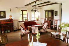 9 Home Fashion, Traditional House, Countryside, Living Room, Interior Design, House Styles, Restaurants, Hotels, Interiors