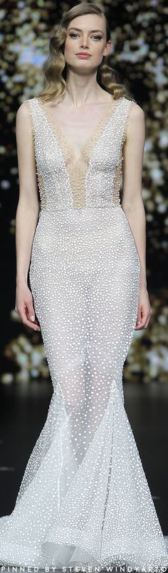Pronovias Bridal 2020 Collection Fashion Show Sparkly Wedding Gowns, Wedding Dress Trends, Best Wedding Dresses, Bridal Skirts, Bridal Gowns, Beautiful Party Dresses, Pronovias Bridal, Types Of Gowns, Traditional Gowns