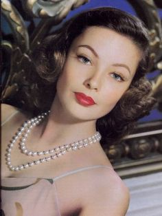 Beautiful Gene Tierney at height of her career.