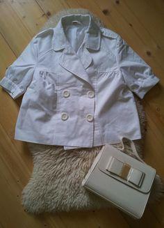 Įsigyk mano drabužį #Vinted http://www.vinted.lt/moteriski/svarkeliai-svarkeliai/16863810-baltas-trumpas-svarkelis-trumpomis-rankovemis