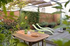 Enhance the price value of your house by installing Rooftop Garden Design Garden Landscape Design, Garden Landscaping, Green Environment, Outdoor Tables, Outdoor Decor, Backyard, Patio, Rooftop Garden, Green Stone