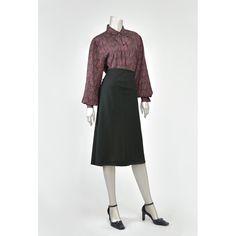 Vintage Paisley Blouse • 80s Blouse • Secretary Blouse • Pussy Bow Tie Ascot Blouse • Plum Purple Blouse • Pintuck Pleated Blouse • 1980s Blouse (Large-XL-Size 14)   #vintage #clothing #fashion #style #vintageclothing #vintagefashion #vintagestyle #vintageshopping #vintageshop #preppy #vintageblouses #bowtie #paisley #paisleyprint #paisleyblouse #secretary #secretaryblouse #80s #80sclothing #80sfashion #80sstyle #1980