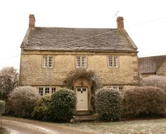 Perfect C17th English stone cottage.