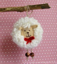 Örgü Kuzu Nasıl Yapılır ? 12 Crochet Christmas Ornaments, Handmade Christmas, Crochet Gratis, Crochet Flowers, Love Crochet, Crochet Baby, Knit Crochet, Free Knitting, Knitting For Kids