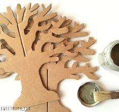 Árbol de cartón con tutorial 5 Preschool Crafts, Diy Crafts For Kids, Fall Crafts, Easter Crafts, Christmas Crafts, Arts And Crafts, Cardboard Tree, Cardboard Sculpture, Cardboard Crafts