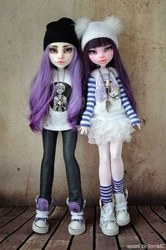 Monster High .// I would so buy these in stores; Mattel needs to listen up! @brinnybunny