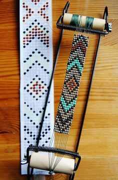 loom beading instructions & DIY Native American belt with classic Eagle motif Mais DIY instructions on how to make a unique, beaded native American belt with… Perle de Jemez Loom Bracelet b BEST tutorial I've seen outlining all the steps needed to use y Seed Bead Patterns, Beaded Jewelry Patterns, Bracelet Patterns, Native Beading Patterns, Weaving Patterns, Stitch Patterns, Native American Crafts, Native American Beadwork, Native Beadwork