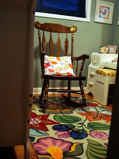DIY painted floor mat using kids puzzle piece foam floor mat, primer, and a little creativity.  Be gone rainbow colored floor mat and hello custom & cute!