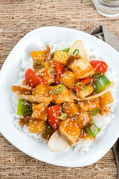 Easy Slow Cooker Sweet and Sour Chicken - easy and healthier Chinese takeout at home from Everyday Good Thinking, the official blog of @hami...