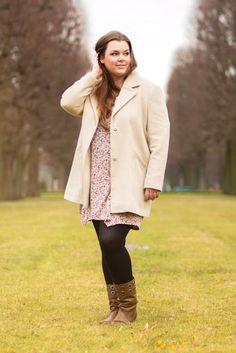 Blumen-Kleid für Herbst/Winter mit Mantel   Plus Size Fashion Outfit   flowers dress coat