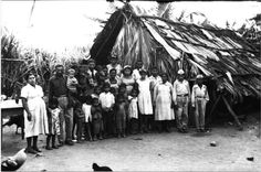 Imagen de Familia de San Juan de la Maguana. San Juan de la Maguana , República Dominicana. Imagen de la década del 40 Fuente : AGN / IDNH