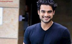 Actor Tovino Thomas, who is becoming a force to be reckoned with in the Malayalam film industry, is now all set to make his Tamil debut too. The actor has been roped in for an untitled flick, which is directed by cinematographer-turned-filmmaker B R. Film Industry, Filmmaking, Love Story, Superman, It Hurts, Celebs, Entertaining, Actors, Play