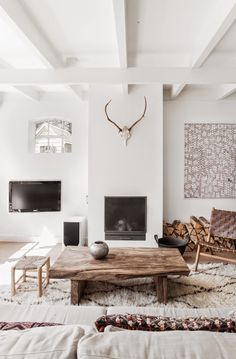 my scandinavian home: A serene Dutch home in whites and browns /