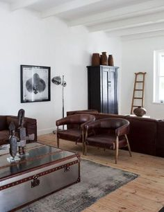 How To Decorate Sexy Masculine Interior? When it comes to designing a masculine interior for a home, the same rules apply. Whilst the glib answer may well be that the prime rule for male interior deco Manly Living Room, Masculine Living Rooms, Masculine Room, Masculine Interior, Home And Living, Living Room Decor, Masculine Style, Modern Living, Brown Leather Furniture