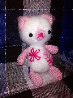 "Pink Bear - Free Amigurumi Pattern - PDF File - Click ""download"" or ""free Ravelry download"" here: http://www.ravelry.com/patterns/library/amigurumi-pink-bear"