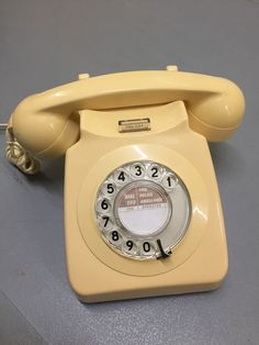 Retro Vintage Desk Phone With Rotary Dial In Mobile Phones Communication Home