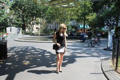 Caitlin Hartley of Styled American, girl in Madison Square Park http://styledamerican.com/black-lace/