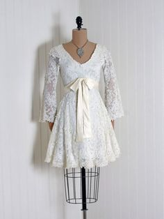 lovely! Dress    1960s