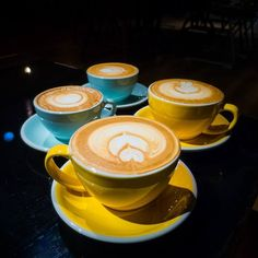 Bailey's coffee & cappuccino at Modern Sky Lab Cafe Kunming #kunmingcafe #coffee #modernskylab #ordinarypatrons