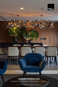 William Brand, lighting designer and founder of Brand van Egmond customised lighting sculptures, designed a contemporary chandelier, tailormade for the presidential suite of Hotel Unique in Brazil. For more information about hotel lighting design, please visit our website. #brandvanegmond #hotellightingdesign #modernchandeliers #contemporarychandelier #interiorlightingdesign Kitchen Lighting Design, Interior Lighting, Luxury Interior, Modern Lighting, Interior Design, Restaurant Lighting, Contemporary Chandelier, Modern Light Fixtures, Brazil