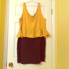 Peplum bodycon 4x Mustard yellow and black. New without tags. Never worn. Caren Sport Dresses Midi