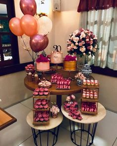 20 year old woman party Birthday Goals, 28th Birthday, Adult Birthday Party, Sweet 16 Birthday, Birthday Woman, Birthday Party Decorations, Birthday Girl Pictures, 21st Party, Cake Smash Photos