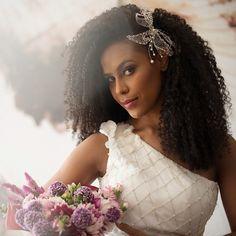noiva, casamento, buquê, wedding, bride, bridal, vestido de noiva, flores, rosa, noiva negra