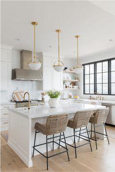 modern white kitchen / home decor / interior design Cosy Kitchen, Home Decor Kitchen, New Kitchen, Home Kitchens, Kitchen Ideas, Classic White Kitchen, All White Kitchen, Kitchen With Window, Modern White Kitchens