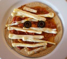 Shelly's Mummy Tortilla Pizza #halloween #healthy #recipes