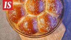 Antti Hartemon uusi ruokablogi tarjoaa lohturuokaa. Savory Pastry, Pudding, Bread, Desserts, Food, Tailgate Desserts, Deserts, Custard Pudding, Brot