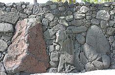 Puuhonua great wall, Hawaii.
