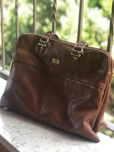 21ee293aa5f7 Vintage Moya Camel Handbag Leather Purse Bag Shoulder Brown Nice For Women  Used  Unbranded