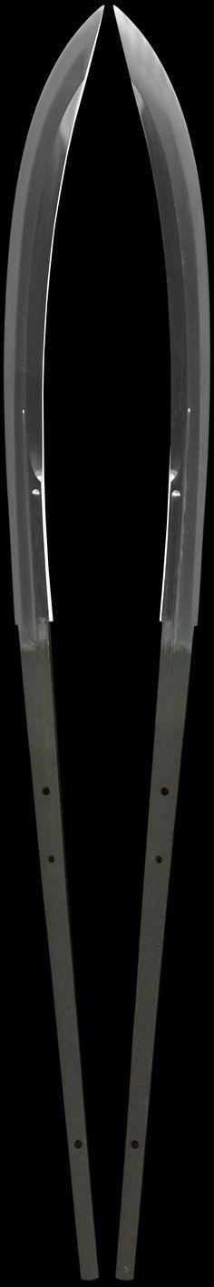 全体画像 薙刀 九州肥後同田貫次兵尉 naginata [kyushu higo doutanuki tsugihei_no_jo] Japanese Blades, Japanese Sword, The Razors Edge, Samurai Swords, Cold Steel, Knives And Swords, Metal Crafts, Katana, Blacksmithing