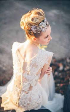 perfect backless lace wedding dresses,love