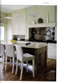 Get the look... 'Classic Cream' featuring Martin Moore's English kitchen martinmoore.com Essential Kitchen Bathroom Bedroom November 2014