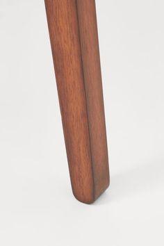 Matbord i trä - Brun - | H&M SE 2 Home Decor, Decoration Home, Room Decor, Home Interior Design, Home Decoration, Interior Design