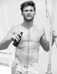 Scott Eastwood (Clint Eastwood's son). Treat yo self