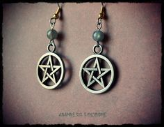 Gothic Halloween earrings : pentacle and labradorite, by AnamnesisSyndrome
