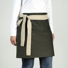 Practical and durable apron for everything from planting to grilling. Made by female artisans and refugees in Jordan in order to provide them with long-term livelihood in a war-torn region. Jute, Ikea, Cream Walls, Green Plants, Apron, How Are You Feeling, Female, Dark, Cotton