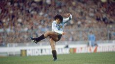 Watch A 20-Year-Old #Diego #Maradona Provide A Stunning #Assist. #DiegoMaradona #soccerassist #soccerplayers #soccergame
