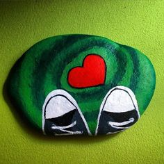 ✌️❤️☺️#taş #taşboyama #taşsanatı #elyapimi #kendimyaptım #stone #stoneart…
