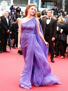 Jessica Chastain in Elie Saab S14 HC and Roger Vivier heels at Foxcatcher premiere during 2014 Cannes FF