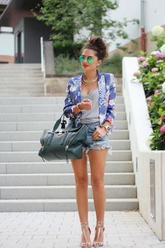 Floral blazer, high waisted shorts