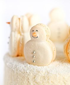 Christmas Red Velvet Snow Cake with Snowman Macarons by raspberri cupcakes - must make these macarons!!
