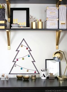 10 Easy DIY Holiday Crafts You Can Do #christmastree