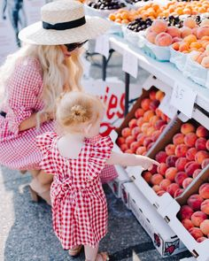 kelowna farmers market things to do in kelowna bc okanagan things to do summer okanagan farmers market outfit mommy and me outfit Farmers Market Outfit, Farmer Outfit, Mommy And Me Outfits, Cool Outfits, Things To Do In Kelowna, Vernon Bc, Arizona Travel, Sweet Peach, Family Outing