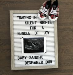 Pregnancy Announcement To Parents, Cute Baby Announcements, Christmas Baby Announcement, Baby Due, Second Baby, 2nd Baby, Second Child, December Baby, Cool Baby Stuff