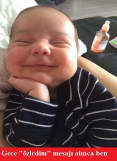 Everybody Loves a Happy Baby - Baby Benadryl - Baby Sleeping with a Smile ---- best hilarious jokes funny pictures walmart humor fail Funny Shit, Funny Baby Jokes, Cute Jokes, Baby Memes, Funny Cute, Funny Kids, Cute Kids, Hilarious Jokes, Baby Witze