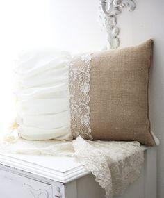 Burlap, linen, and lace pillow. Burlap Pillows, Sewing Pillows, Throw Pillows, Burlap Projects, Burlap Crafts, Burlap Lace, Linens And Lace, Home And Deco, Decoration